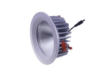 Dimmable LED abajo se enciende